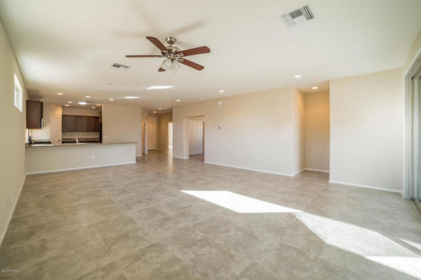2905 S. Royal Aberdeen Loop, Green Valley, AZ 85614 Photo 4