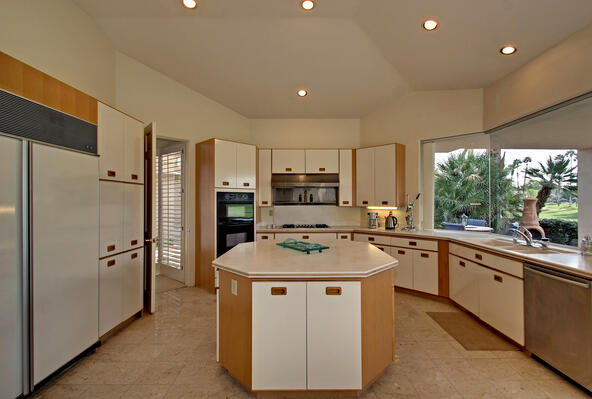 75303 14th Green Dr., Indian Wells, CA 92210 Photo 18