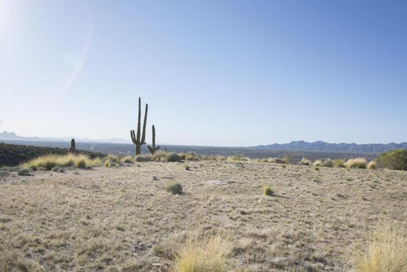 2440 E. Della Roccia Ct., Oro Valley, AZ 85737 Photo 2