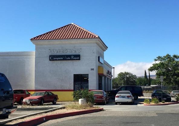 202 E. Palmdale Blvd., Palmdale, CA 93550 Photo 2