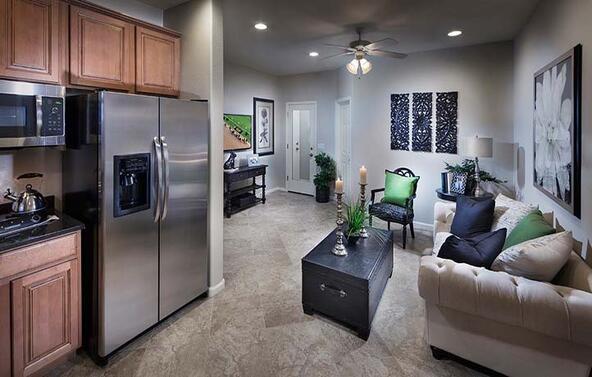 25226 North 106th Drive, Peoria, AZ 85383 Photo 10