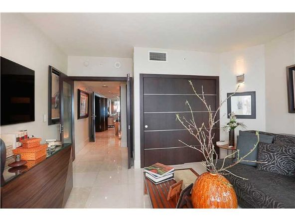 1331 Brickell Bay Dr. # 2305, Miami, FL 33131 Photo 16