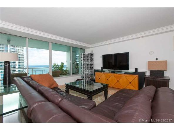 400 S. Pointe Dr. # Ph2402, Miami Beach, FL 33139 Photo 5