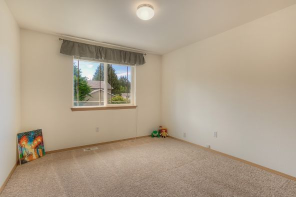 2513 156th St. Ct. E., Tacoma, WA 98445 Photo 8