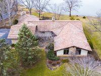 Home for sale: 2 East Cove Dr., South Barrington, IL 60010