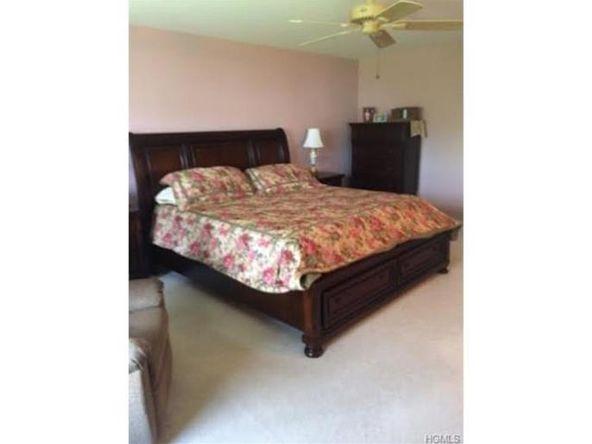 170 Highwood Dr., New Windsor, NY 12553 Photo 4