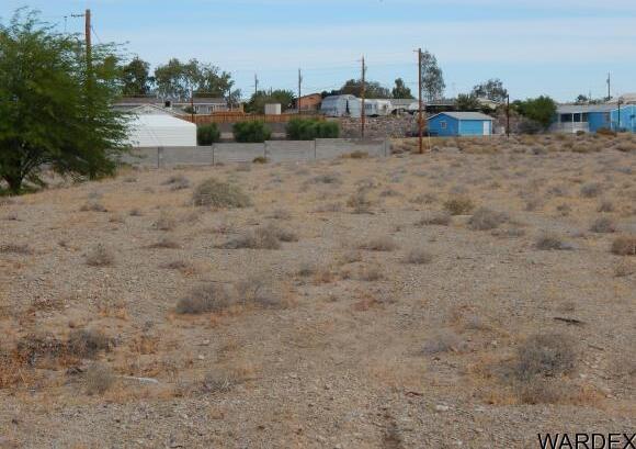2428 E. Gosiute Rd., Fort Mohave, AZ 86426 Photo 4