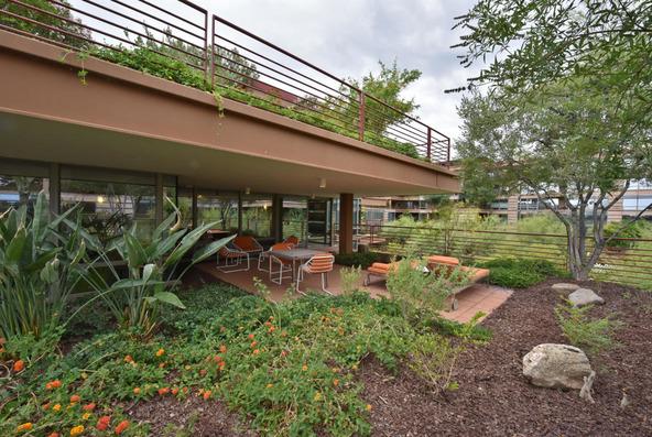 7167 E. Rancho Vista Dr., Scottsdale, AZ 85251 Photo 3