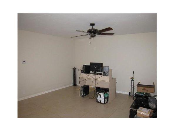 1765 Venice Ln. # 3e, North Miami, FL 33181 Photo 3