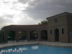 6305 N. Via Jaspeada, Tucson, AZ 85718 Photo 4