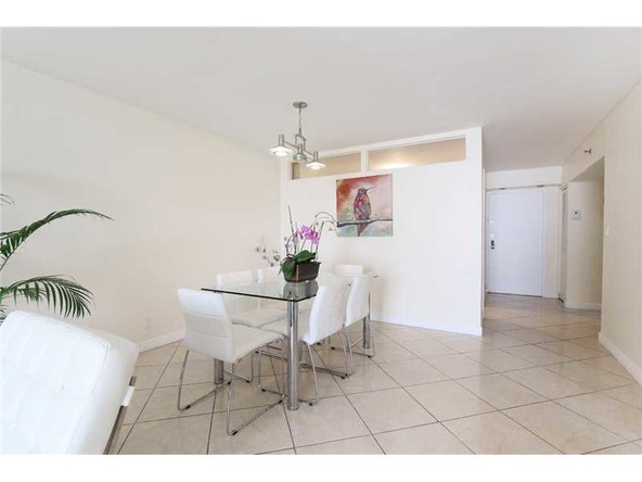 2401 Collins Ave. # 1610, Miami Beach, FL 33140 Photo 11