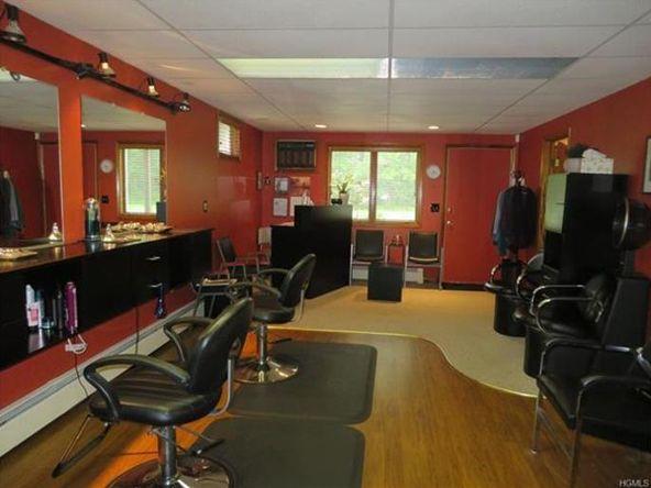 546 Temple Hill, New Windsor, NY 12553 Photo 2