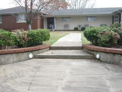 435 Grandview, Clarksville, AR 72830 Photo 2