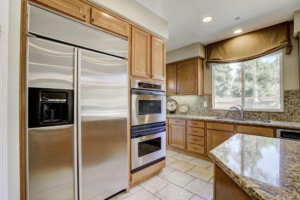640 Westborough Ln., Riverside, CA 92506 Photo 6