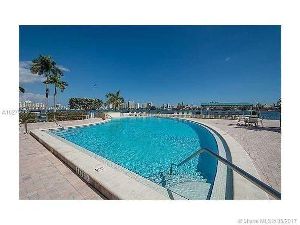 16546 Northeast 26th Ave., North Miami Beach, FL 33160 Photo 36