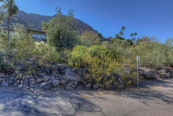 5719 E. Starlight Way, Paradise Valley, AZ 85253 Photo 15