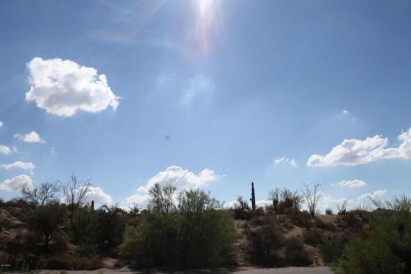 8517 E. Double Eagle Dr., Carefree, AZ 85377 Photo 4