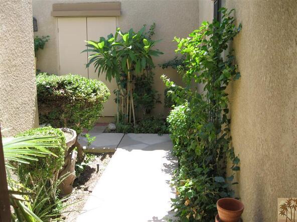48603 Oakwood Way, Palm Desert, CA 92260 Photo 1