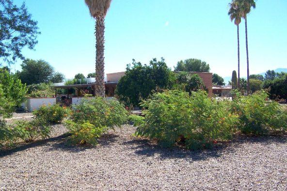 1325 N. Placita Parasol, Green Valley, AZ 85614 Photo 2