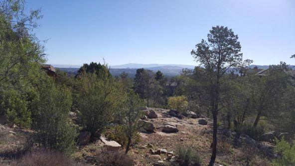 939 Winding Spruce Way, Prescott, AZ 86303 Photo 2