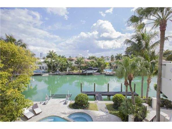 2001 Lake Ave., Miami Beach, FL 33140 Photo 5