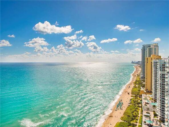 16699 Collins Ave. # 3002, Sunny Isles Beach, FL 33160 Photo 2