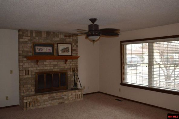 1117 Ramble Ln., Mountain Home, AR 72653 Photo 2