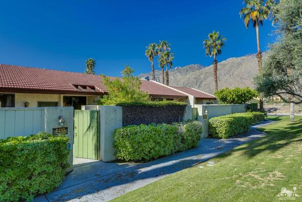 244 North Hermosa Dr., Palm Springs, CA 92262 Photo 2