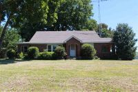 Home for sale: 477 Milan Hwy., Trenton, TN 38382