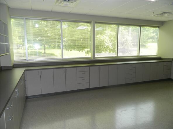 5506 W. Walsh Ln. Unit #Multiple Suites, Rogers, AR 72758 Photo 22
