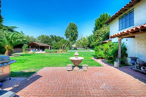 5455 E. Ln. Avenue, Fresno, CA 93727 Photo 7