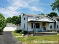 Home for sale: 177 S. Cone St., Farmington, IL 61531