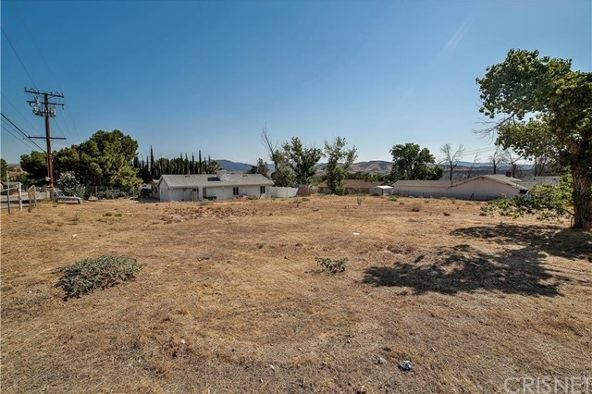 31516 Cherry Dr., Castaic, CA 91384 Photo 2