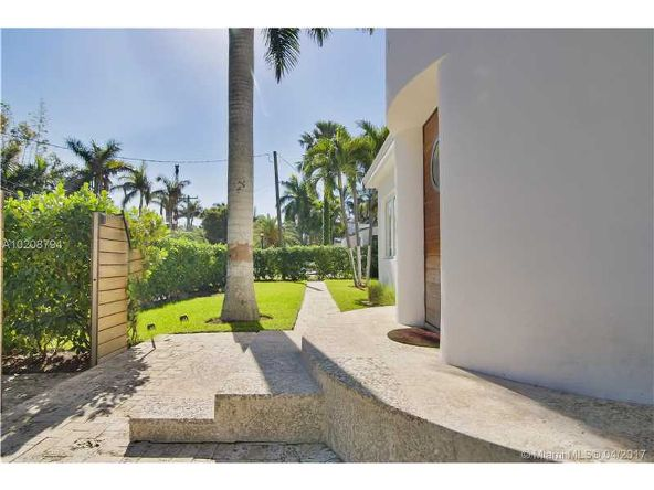 330 E. San Marino Dr., Miami Beach, FL 33139 Photo 17