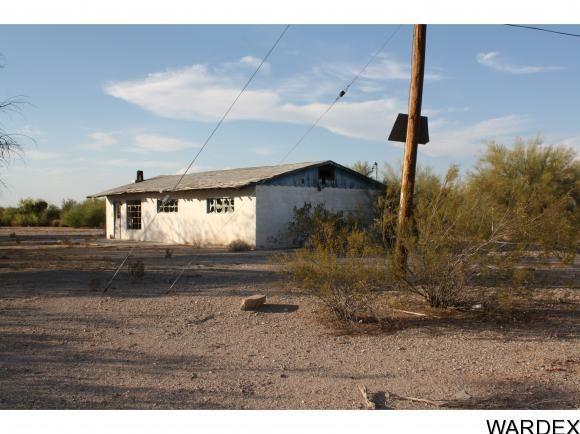 27245 la Posa Rd., Bouse, AZ 85325 Photo 3