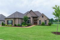 Home for sale: 19 Rock Pointe, Jackson, TN 38305