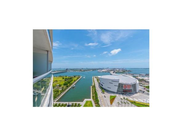 888 Biscayne Blvd. # 2604, Miami, FL 33132 Photo 17