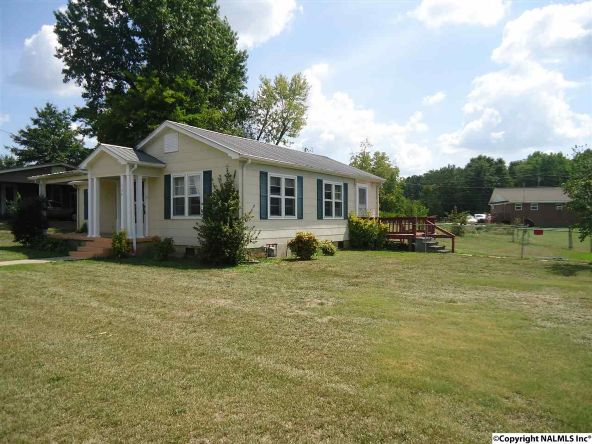 724 Section Line Rd., Albertville, AL 35950 Photo 2
