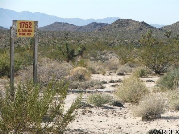1752 E. Boriana Mine Rd., Yucca, AZ 86438 Photo 10