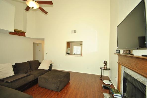 5136 W. Los Altos Avenue, Fresno, CA 93722 Photo 8