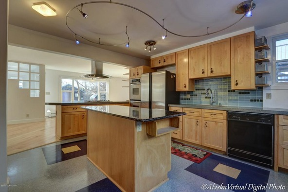 705 W. 13th Avenue, Anchorage, AK 99501 Photo 13