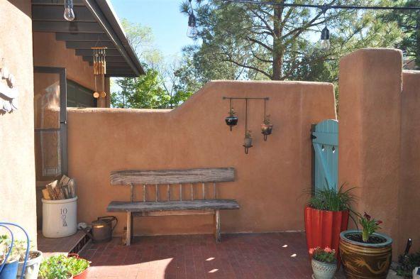 354 Calle Loma Norte, Santa Fe, NM 87501 Photo 6