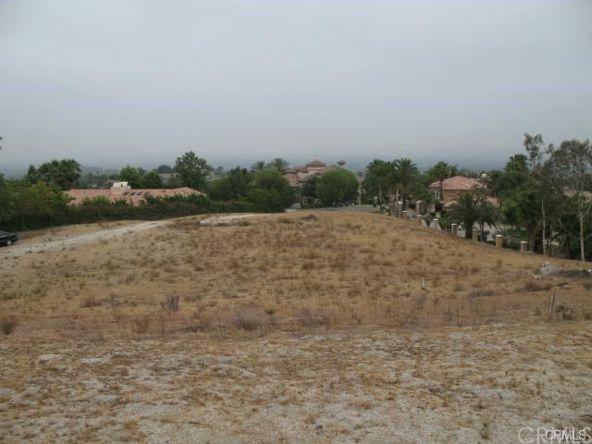 7230 Chabot Ct., Riverside, CA 92506 Photo 16