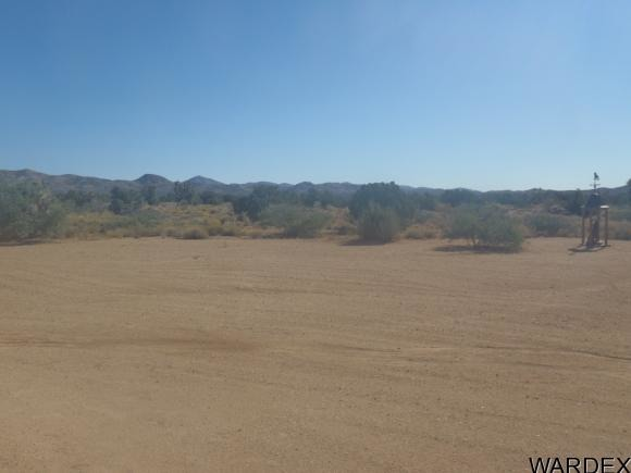 7241 E. Shadow Ridge Dr., Yucca, AZ 86438 Photo 3