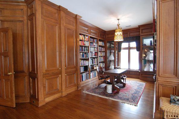 5n719 Castle Dr., Saint Charles, IL 60175 Photo 11
