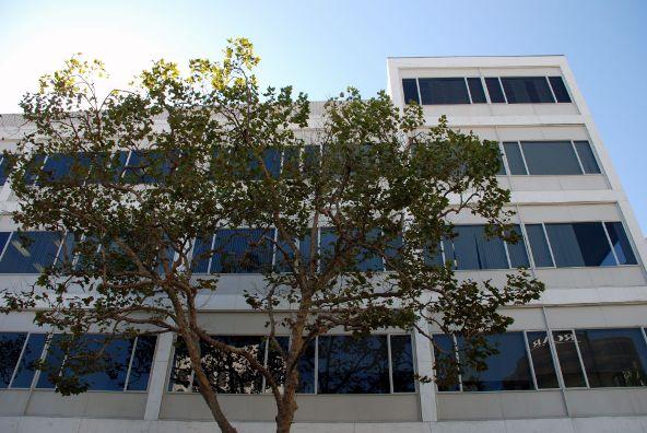 9744 Wilshire Blvd., Beverly Hills, CA 90212 Photo 12