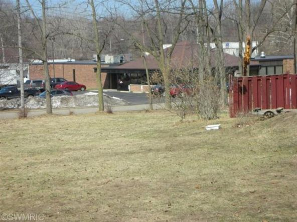 3011 Riverview, Kalamazoo, MI 49004 Photo 2