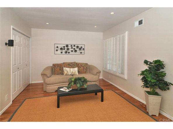 13329 Killion St., Sherman Oaks, CA 91401 Photo 9