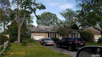 Home for sale: Bayport, NY 11705