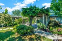 Home for sale: 26 Via Hermosa, Orinda, CA 94563